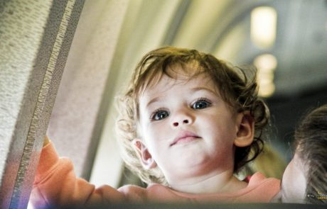 10 Tips On How To Fly With Your Baby